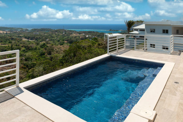 White Hill Villa Coral Views Pool View Roatan