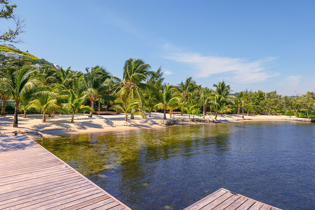 White-Hill-Villa-Corel-View-beach